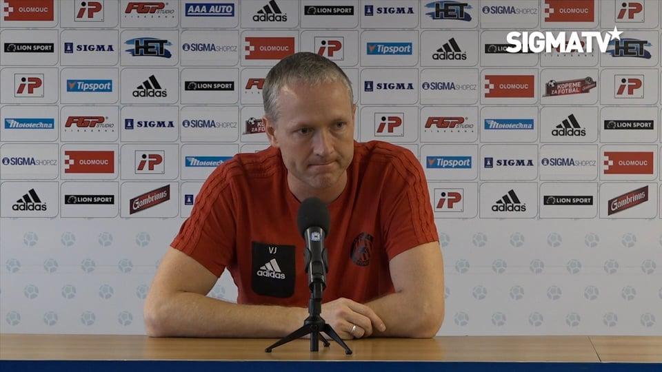 Trenér Václav Jílek před utkáním 21. kol...