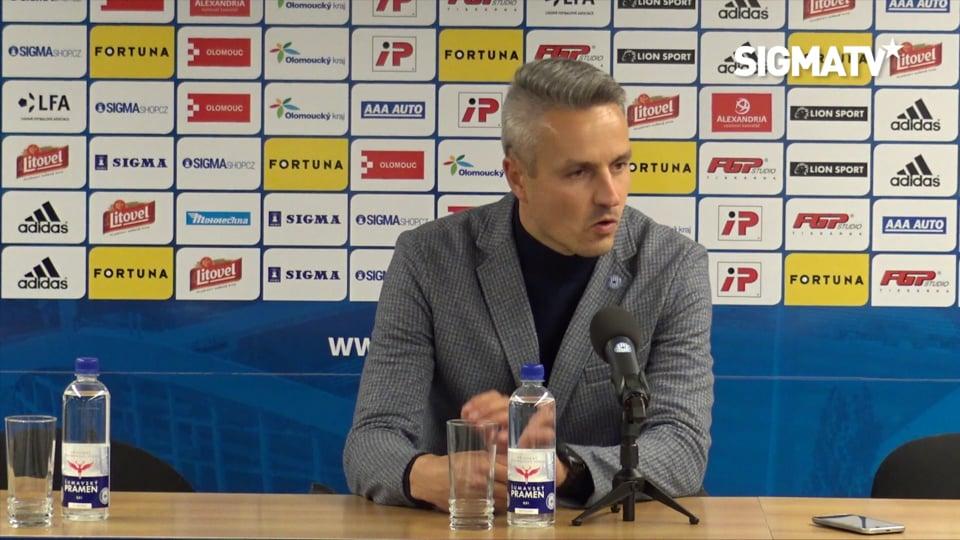 Trenér Tomáš Janotka hodnotí utkání 2. k...
