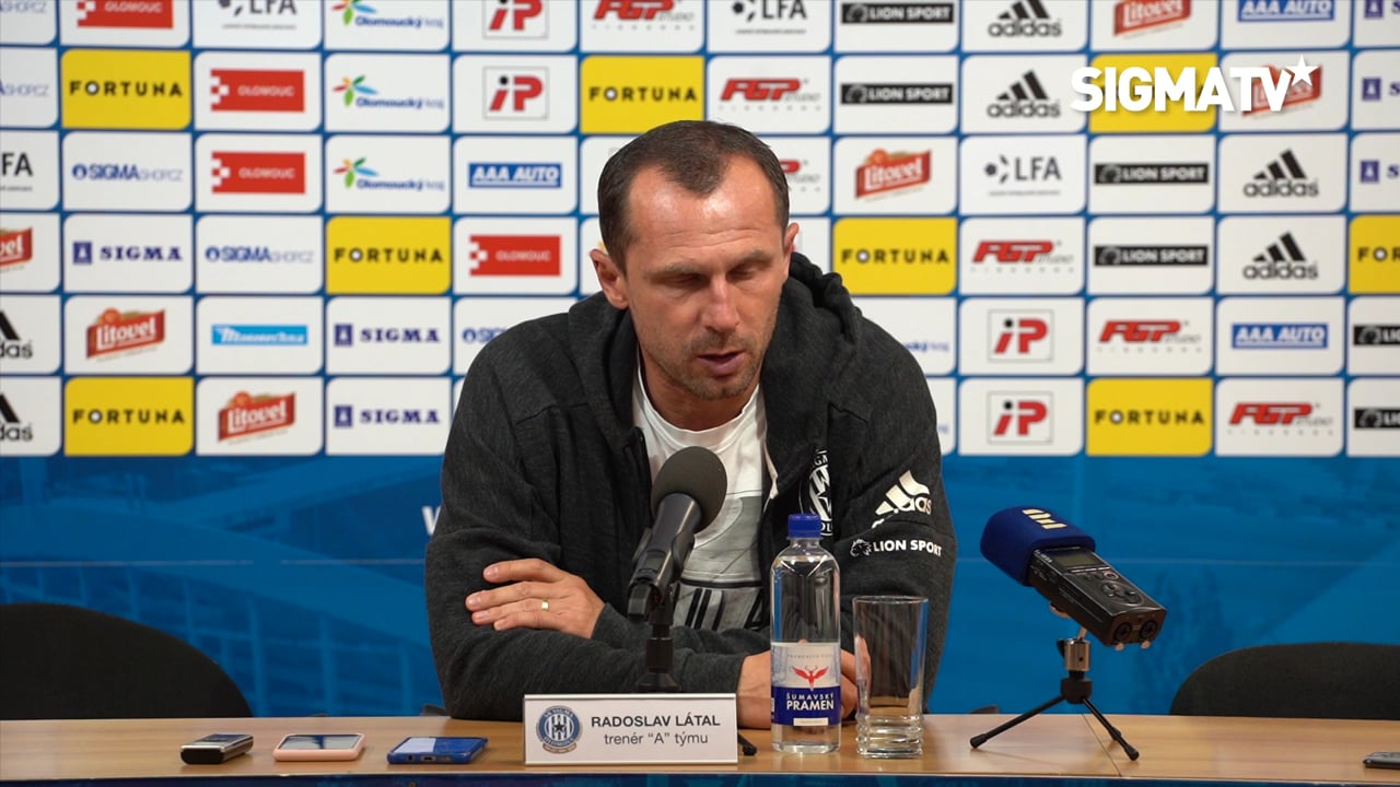 Trenér Radoslav Látal hodnotí utkání 13....
