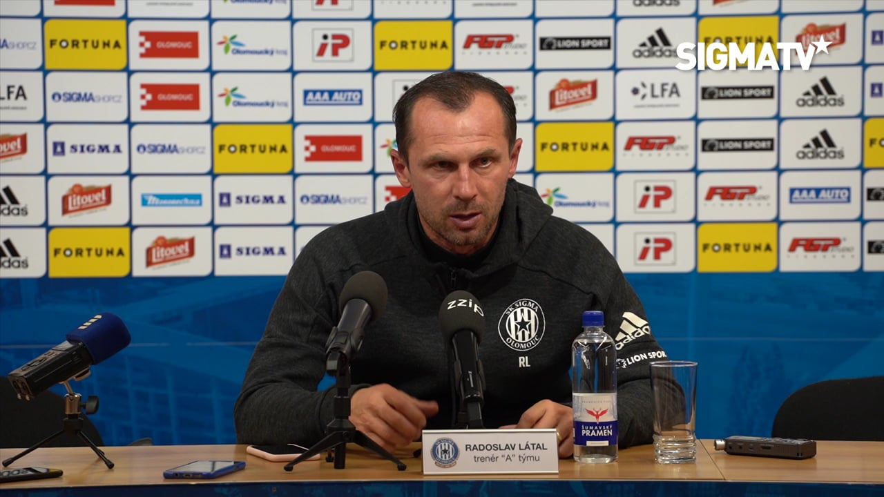 Trenér Radoslav Látal hodnotí utkání 15....