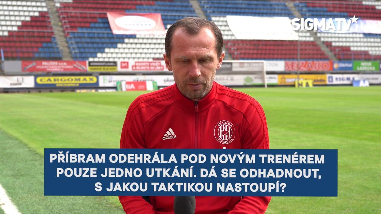 Trenér Radoslav Látal a záložník Kryštof...
